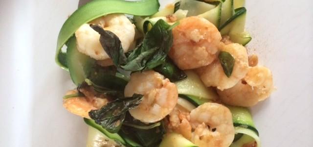 Garlic prawn, basil and lemon zucchini pasta